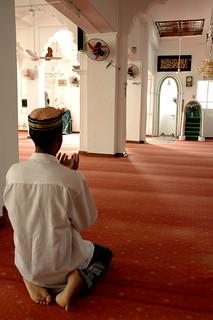 Mosquée Al Aqsa, la prière (Port Louis, Ile Maurice)