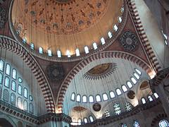Süleymaniye, interior, main dome (birdfarm) Tags: turkey türkiye istanbul mosque badge ottoman İstanbul sinan süleymaniye ottomanarchitecture camii suleymaniye