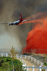 DSC_0238 (justinm) Tags: california ca news fire losangeles photojournalism valley topanga ventura simi chatsworth wildfire simvalley