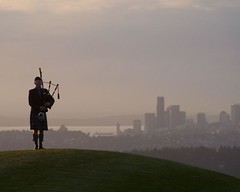 Bagpipes (Kier42) Tags: bagpipes piper seattle sunset golf newcastle grass green sky clouds landscape funny skirt kilt scottish wa washington pugetsound firstlight
