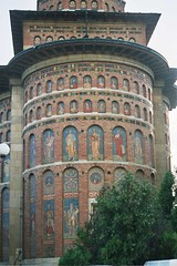 Iasi Painted Church (liormania) Tags: color colour church abbey temple painted romania oldcity iasi roumanie paintedchurch liormania bakalu