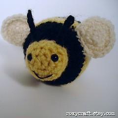 bee front 2 (Roxycraft) Tags: amigurumi softies plush mos crochet handmade