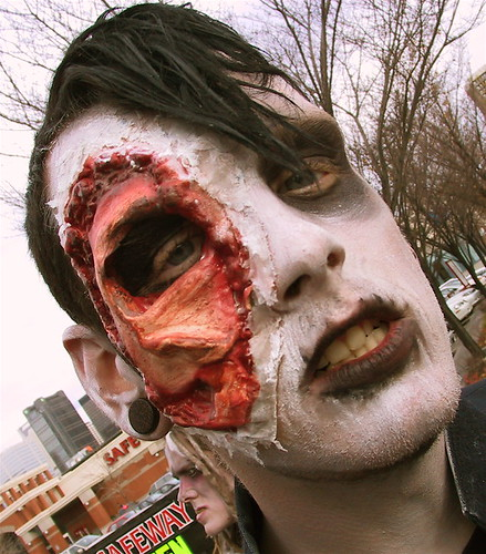 Zombie Walk: Mangled Face