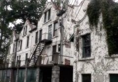 Sad facades (Zsaj) Tags: decay beautifuldecay architecture forestglen vanishingbeauty