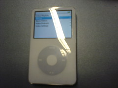 ipod (Mark) Tags: white video ipod 5g 30gb ipodvideo