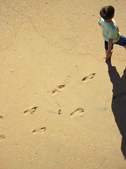 footsteps on the sand (Hayden Yates) Tags: boy shadow beach walking sand steps footsteps footstepsinthesand