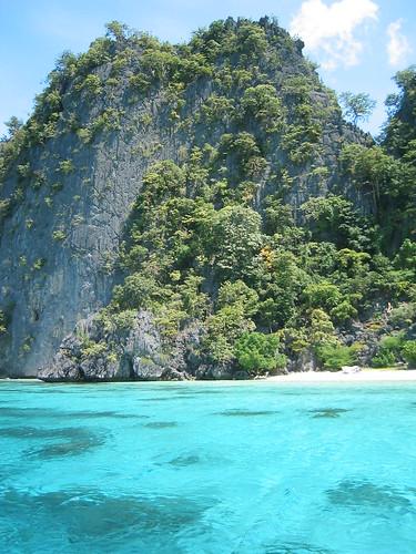 Coron Island, Palawan, Philippines by Moody75