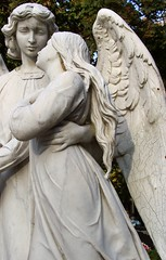 Angelic lovers (Aramisse) Tags: sculpture friedhof toronto canada art love cemetery angel couple ange wing lovers sensual amour engel sensuality sensuel amoureux cimitero aile cimetire parklawncemetery sensualit aramisse