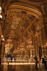 Golden (Giant Ginkgo) Tags: gold golden goldleaf room insane france paris opranationaldeparis nationalopera opera opra academienationaledemusique lopra charlesgarnier opragarnier