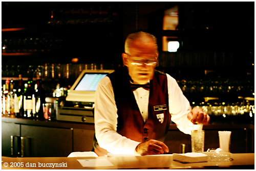 bartender photo by: dan buczynski