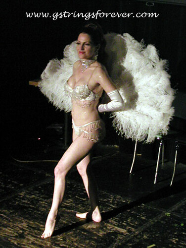 Jo at Surf Burlesque