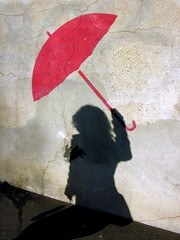 Parapluie (O Caritas) Tags: 2005 november shadow red paris france rabbit bunny wall umbrella europe ledefrance belleville sumei parapluie nikoncoolpix8800 frenchchineseuniverse