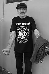 long time fan (Orrin) Tags: blackandwhite losangeles lenstagged streetportrait tshirt tattoos silverlake ramones topv777 canonef2470mmf28lusm 2470l ramonestshirt sleevedout