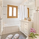 bathroom-1a