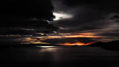 Tempestade na Isla del Sol (Hugo Chinaglia) Tags: trip sky lake storm titicaca rain weather fog clouds danger dark lago island chuva bolivia roadtrip backpack viagem nuvens perigo lightning neblina ceu tempo ilha thunder escuro mochilo tempestade raio trovo