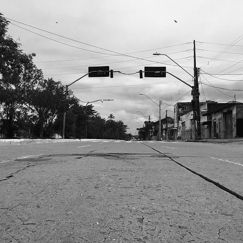 São João levou todos, mas trouxe a chuva! #instastreets #instarecife #InstaCity #InstaPernambuco #InstaTown #Instagood #InstaLeica #InstaBrasil #InstaCities #InstaIphone #iphonepic #iphoneshoot #PicOfTheDay #PhotoOfTheDay #PretoeBranco #Leica #LeicaT #lei