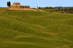 Val d'Orcia classic (G.hostbuster (Gigi)) Tags: farmhouse hill tuscany valdorcia ghostbuster gigi49