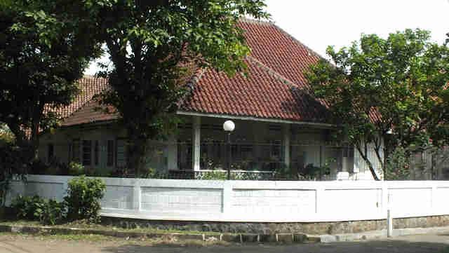 Rumah Kuno di Sempur