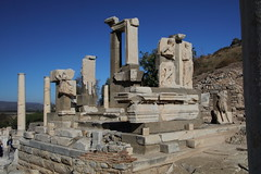 IMG_445a1 (goaniwhere) Tags: ephesus ephesusturkey turkey ancientcity historicsite history rubble ruins grandtheatre libraryofcelsus mycenean
