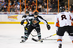 "Missouri Mavericks vs. Utah Grizzlies, December 28, 2016, Silverstein Eye Centers Arena, Independence, Missouri.  Photo: John Howe / Howe Creative Photography • <a style=""font-size:0.8em;"" href=""http://www.flickr.com/photos/134016632@N02/31587630020/"" target=""_blank"">View on Flickr</a>"