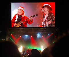 It's Chrisssssstmaaaassssssss....Slade performing at the Perth Christmas Lights switch on (andyflyer) Tags: slade rockband merryxmaseverybody malmcnulty davehill johnberry donpowell perth perthshire perthchristmaslights