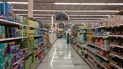 The Hallmark of Aisle Photos (Retail Retell) Tags: kroger grocery store hernando ms retail desoto county millennium décor 475 liquidation closing sale final weeks days