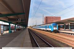 80-30 013-4 | Os5027 | trať 010 | Pardubice (jirka.zapalka) Tags: train czech cd stanice trat010 bfhpvee295 os pardubice