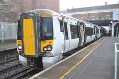 Thameslink Electrostar 387115 (Will Swain) Tags: station 17th december 2016 greater london capital city south east train trains rail railway railways transport travel uk britain vehicle vehicles country england english streatham tsgn goahead group thameslink electrostar 387115 class 387 115