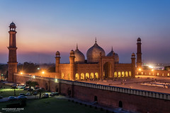 Sunset at King's Mosque (Badshahi Masjid) - II (M. Ashar) Tags: pakistan sunset colors mosque lahore