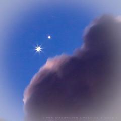 Upon closer inspection (Rex Maximilian) Tags: sky cloud night hawaii twilight venus oahu honolulu bluehour jupiter plantet planetaryconjunction appulse