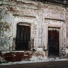 capas de historias #coronda #casa #arquitectura #architecture #house #haus #street #streetphoto #htconex #htc (jlbravin) Tags: architecture square arquitectura lofi squareformat htc coronda iphoneography instagramapp uploaded:by=instagram htconex