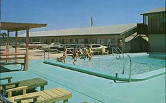 Hill's Motel, Panama City, Florida (SwellMap) Tags: postcard vintage retro pc chrome 50s 60s sixties fifties roadside midcentury populuxe atomicage nostalgia americana advertising coldwar suburbia consumer babyboomer kitsch spaceage design style googie architecture