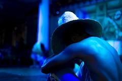 Turn Blue (Raoni Coriolano) Tags: 2016 espetáculofolclórico julho noitebaiana ocoliseu pelourinho raonicoriolano salvador tour tourism touriste travel trip turismo viagem monochrome mono blue azul spetacle canon 6d ef50mm18