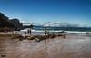 Liencres (Cantabria) (Gelert, el eterno aprendiz) Tags: playa liencres nevada montaña rocas canon7d cantabria mar olas