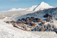 Avoriaz dans son écrin blanc (Michel Hincker) Tags: avoriazski snow mountain winter cold resort panorama alpine scenic top landscape snowcapped piste hill canon 80d eos