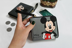 lookbook09 (GVG STORE) Tags: diseney mickey cardwallet wallet zipperwallet sjarte gvg gvgstore gvgshop