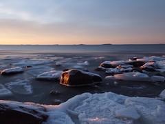 Early light movement (Jarno Nurminen) Tags: movement finland helsinki lauttasaari hoya nd500 longexposure rocks seascape morning sea ice