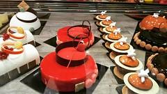 #marioragona #sigep2017 www.marioragona.com #pavonitalia #pastry #mousse #entremets #mousse #bavaresi #semifreddi #cioccolato #lampone #gelatomasterschool