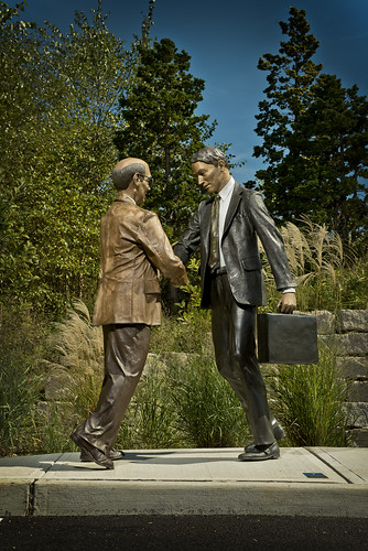 At Long Last by Seward Johnson ©1981 The Seward Johnson Atelier, Inc. www.sewardjohnsonatelier.org