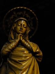 Mary in Prayer (failing_angel) Tags: sculpture statue joseph francis bath charles somerset stjohn virginmary justina stjohnschurch stjohntheevangelist hansom romancatholicchurch 120914 hansombaptisterysaint paduaedward