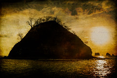 Sunset in the tropics (Trent9701) Tags: costarica trentcooper vacation catamaran ocean sailboat sailing sunset travel tropical textures texturized
