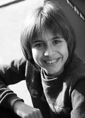 Bernat, diciembre (Jorge Pazos) Tags: niño boy vertical blancoynegro blackandwhite bw portrait retrato eos 5d mark iii canon canonista