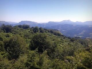 El monte Anboto (1.331 m.) desde el Parque Natural de Gorbeia