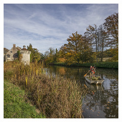 L1003145SQA (robert.french57) Tags: d35 scotney castle kent bob robert french leica m 240 18mm autumn day water