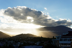 20161231-02-Sunbeams through clouds over Mt Wellington (Roger T Wong) Tags: 2016 australia batterypoint hobart mtwellington rogertwong sel2470z sandybay sony2470 sonya7ii sonyalpha7ii sonyfe2470mmf4zaosscarlzeissvariotessart sonyilce7m2 tasmania clouds sunbeam