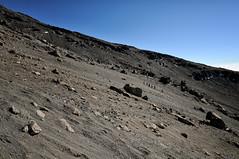 Group of people going down - Kilimanjaro National Park - Tanzania (PascalBo) Tags: nikon d300 tanzania tanzanie africa afrique eastafrica afriquedelest kilimanjaro kilimandjaro kilimanjaronationalpark parcnationaldukilimandjaro outdoor outdoors volcanic landscape paysage rock stone lemosho hike hiking trek trekking pascalboegli