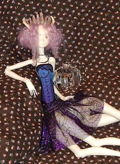 ~ Only You ~ (beansproutmomo) Tags: moon doll crystals corset bjd hybrid chateau dollzone