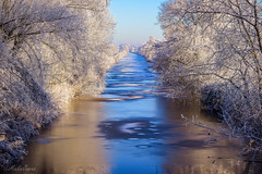 Winter (MaikeJanina) Tags: landschaft landscape winter frost naturfoto river water bremen blockland fluss kuhgraben eis ice