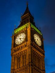 5:17 (neil.bulman) Tags: government parliament england london dark clocktower bigben city night clock housesofparliament capital uk unitedkingdom gb