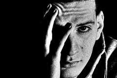 Ou (rapaze) Tags: men blackwhite portrait indoor studio low key arab porträt noirblank bllanconegro monchrome einfarbig bianconero face eyes
